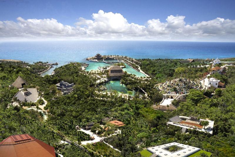 Mayans resort