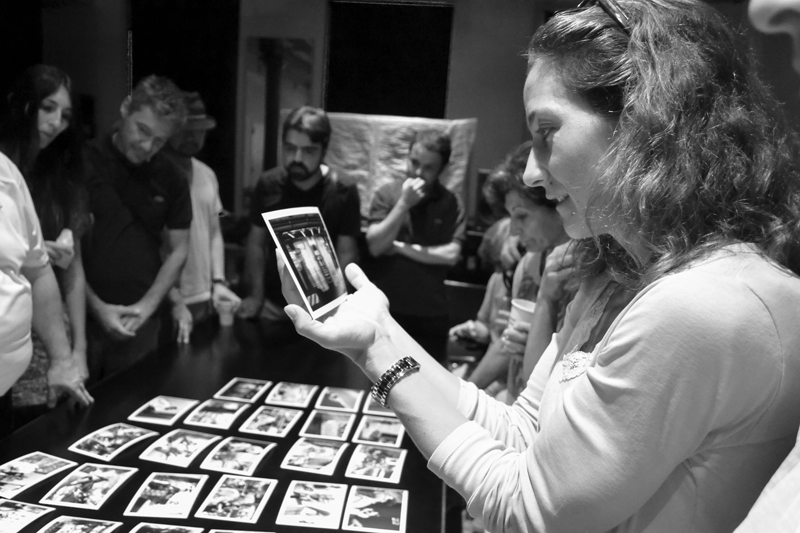 Mary Ellen Mark reviewing work with Students at New York workshop 2014 | Photo Xpeditions