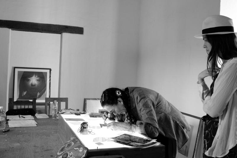 Students on workshop Oaxaca with Mary Ellen Mark | Photoxpedions