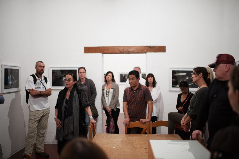 Mary Ellen Mark reviewing work with Students at Photo Xpeditions Oaxaca 2013 workshop